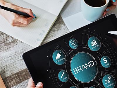 Strategie und Marke