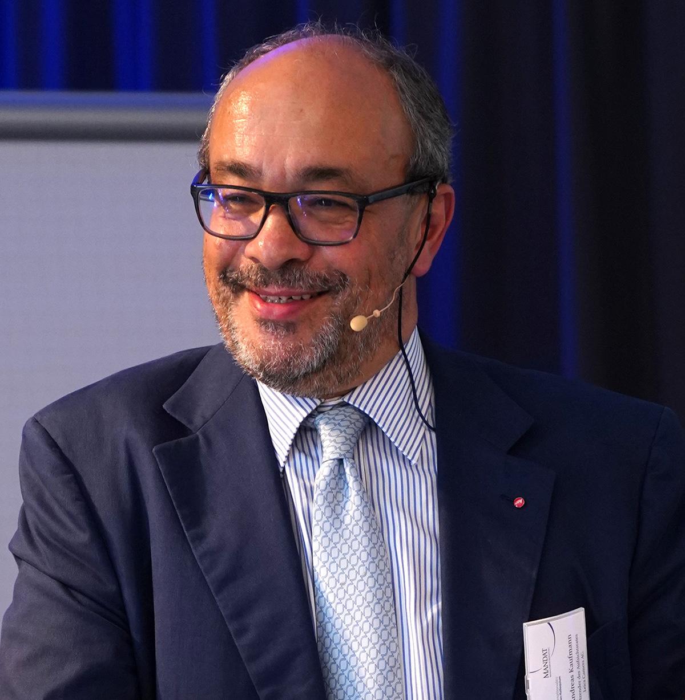 Dr. Andreas Kaufmann